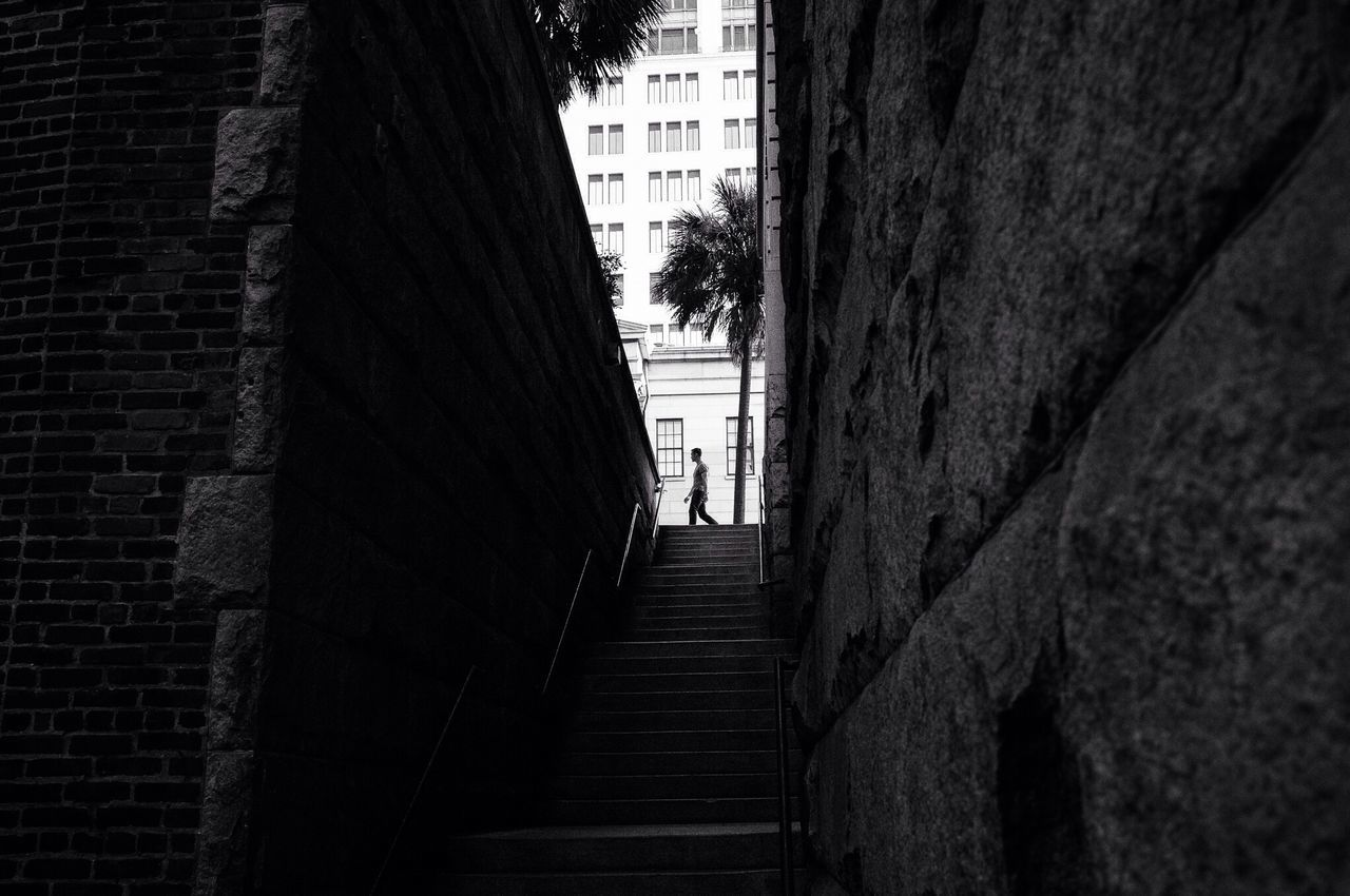 Savannah,GA. 2016 Streetphotography Light And Shadow Street Documentary The Street Photographer - 2016 EyeEm Awards Blackandwhite Black And White Black & White Monochrome Streetphoto_bw Bw Streetphotography Savannah Silhouette