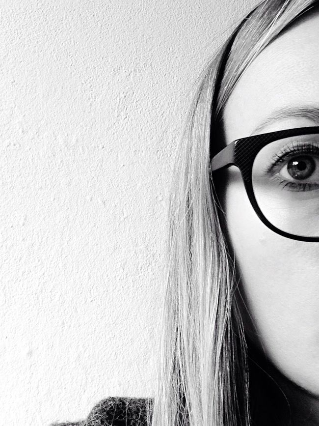 Half Face HalfFace Half Blackandwhite Black And White Black & White Blackandwhite Photography Black&white Blackandwhitephotography Face Faces Of EyeEm Faces Glases Eye Person That's Me Me Myself And I Backgrounds Shades Of Grey Grey Hair Black White White Background Hello World
