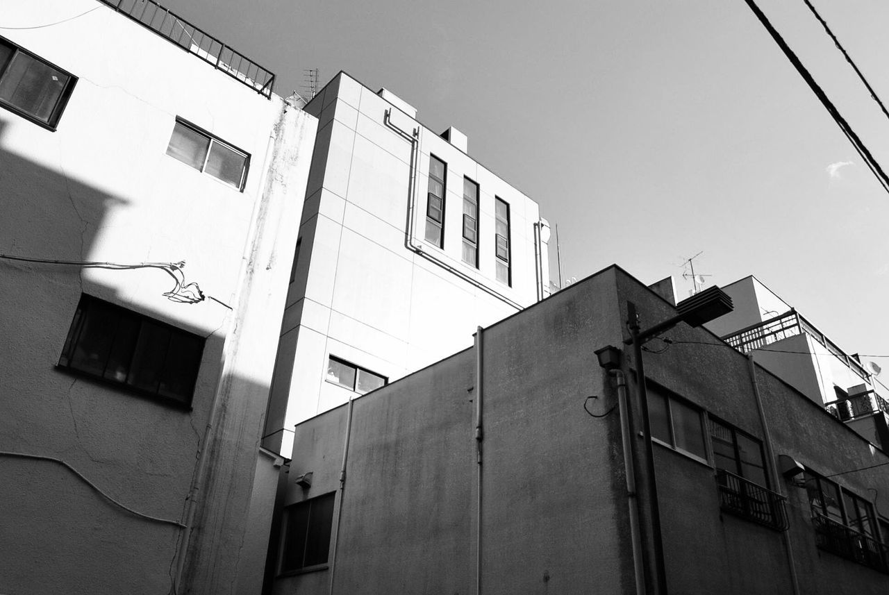 Building Exterior Built Structure Architecture Low Angle View Outdoors Day Blackandwhite Black And White Simple Photography No People