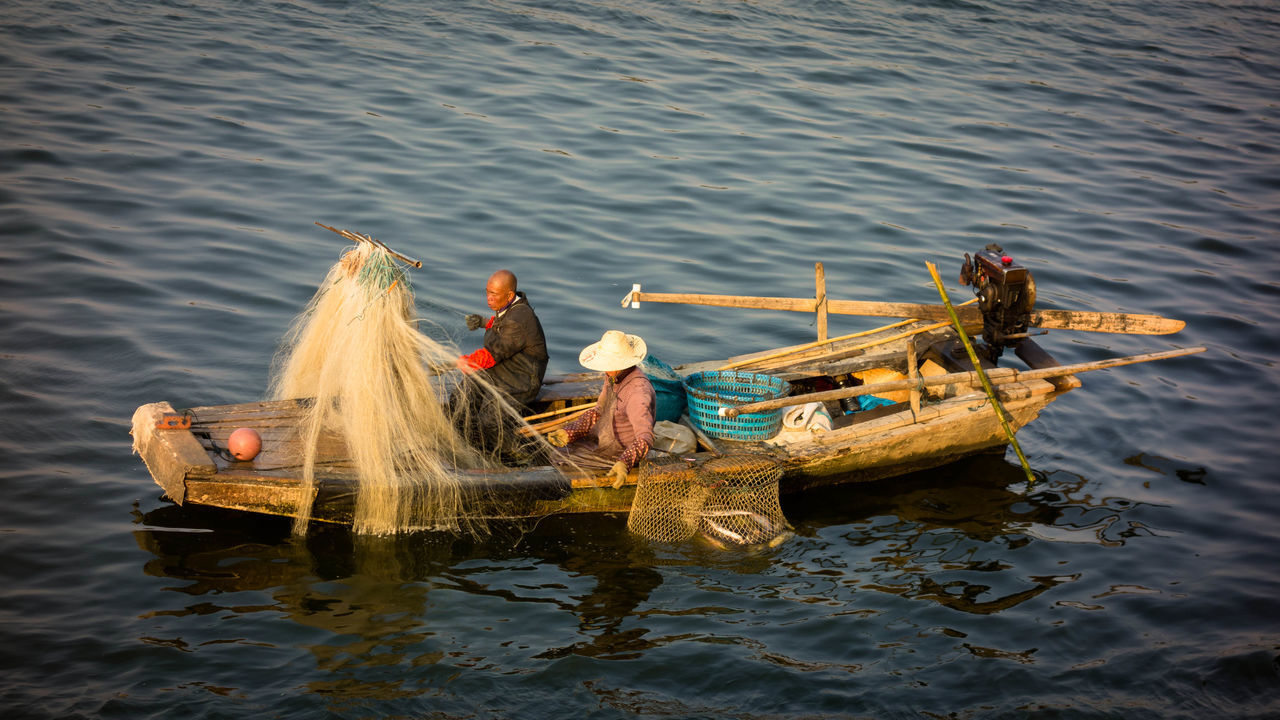 Water High Angle View Fishing Net Outdoors Fisherman Fishing Fishing Boat Stillness In Time Streetphotography MIphotography