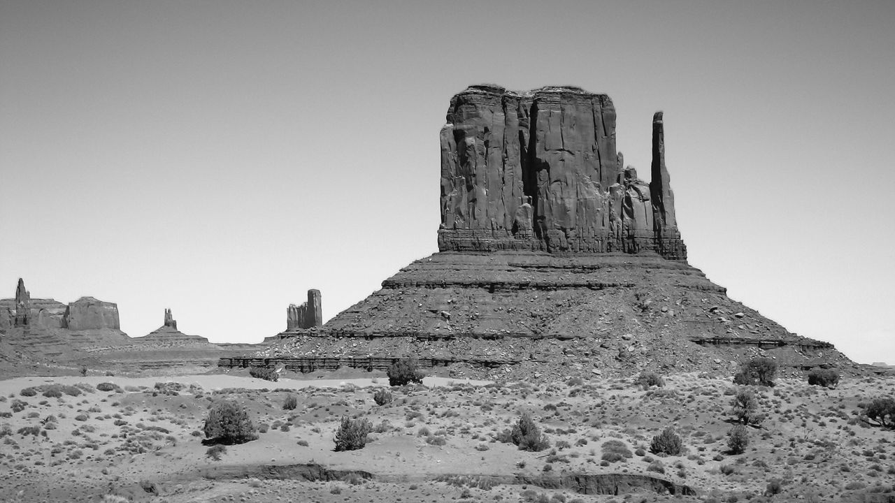 Blackandwhite Photography Famous Place History Low Angle View Monument Monument Valley Outdoors Sky The Old West The Past Tourism Travel Destinations Greyscale Black And White Black & White Black And White Collection  Black And White Photography BlackAnd White Black&white Blackandwhitephoto Blackandwhite UtahBlackandwhitephotography Monochrome Photography Landscape