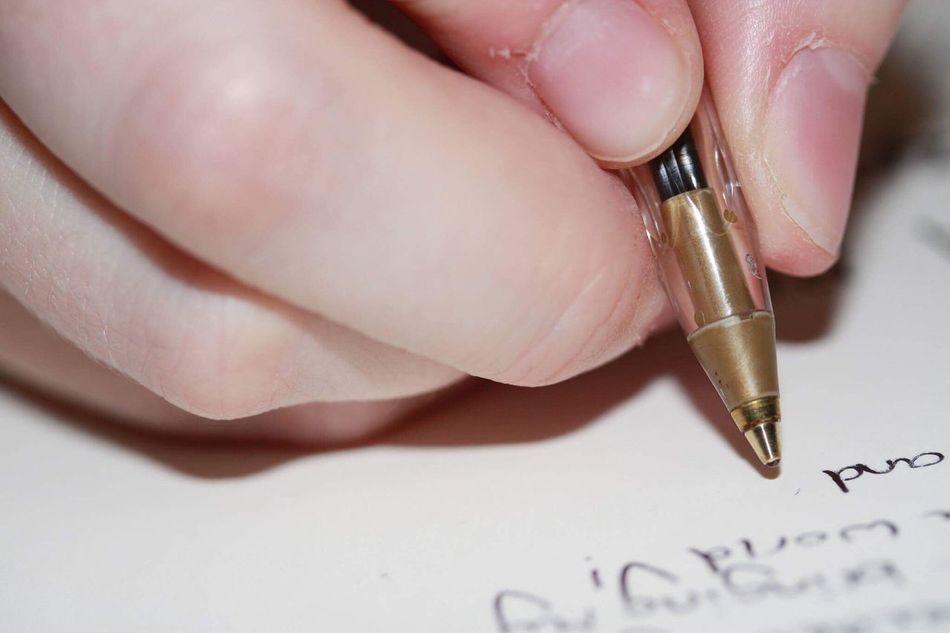Fingers Writing Pen Closeup Close-up Handwriting
