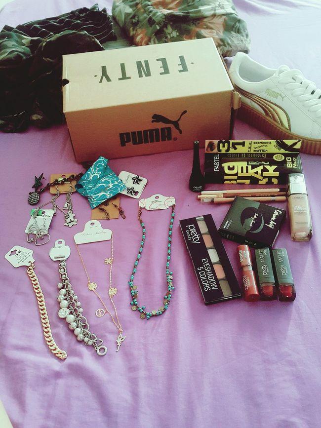 Sıkıntıdan kendimi alışverişe verdim 😂😀 Puma ♡ Puma Rihanna Acsessories Acsessory Mekapmekap Makeup Makeupcollection