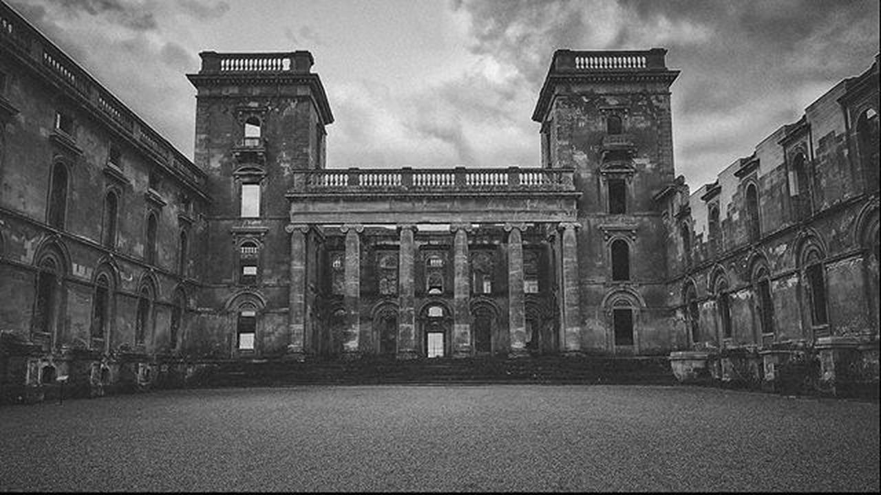 Witley Court Manor, Picoftheday Countryside Rural Outdoors Urbexjunkies Explore Photooftheday Photo Canon_official Canon Decay Decaying Decay_nation Decayporn Decay_in_detail Decayingbeauty Abandoned Old Stately Blackandwhite B &W Worcester Instaddict Igaddict