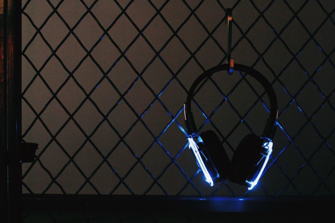 Headphones Light And Shadow Light Led Lights  Silent Disco 29rooms Refinery29 Bushwick Color ArtExplosion NYC