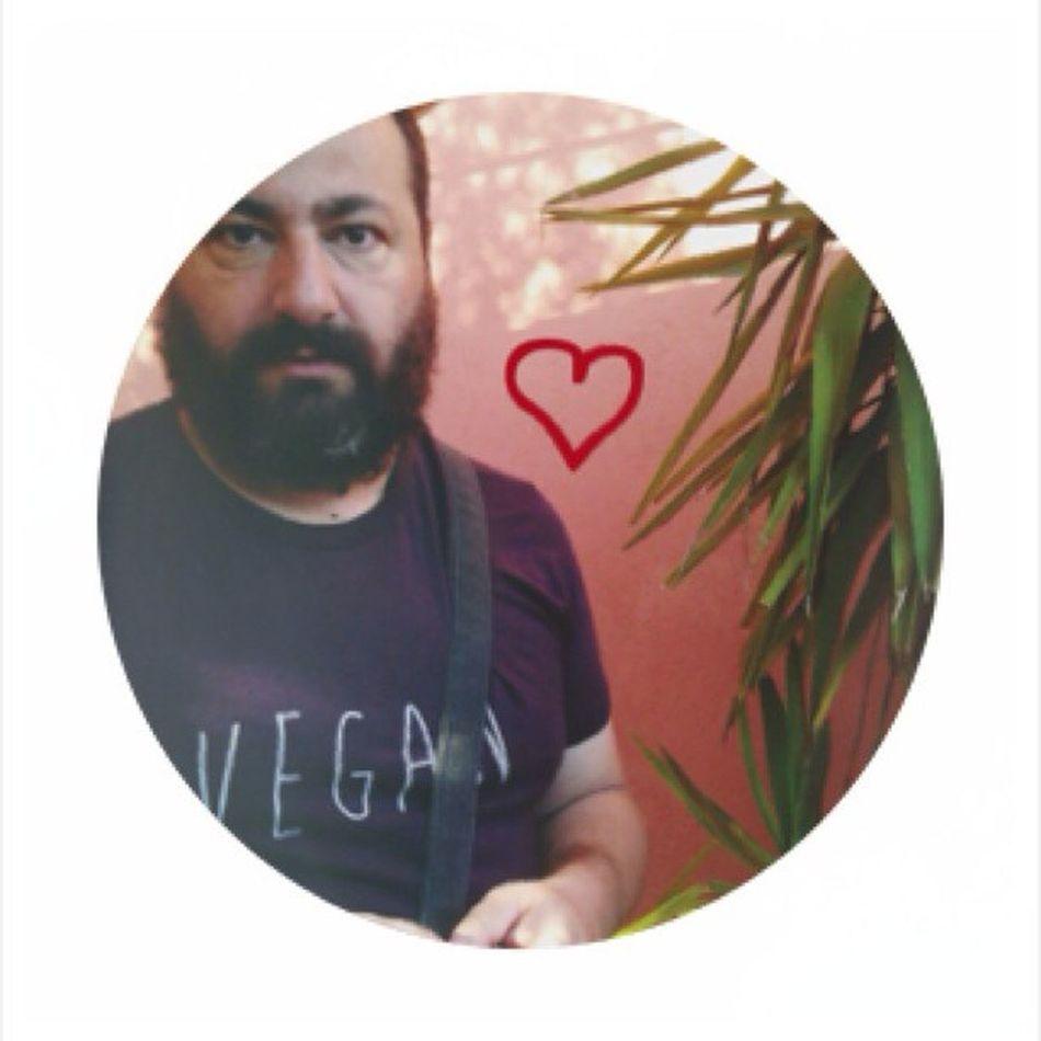 Vegan bear is sexy! #vegansofig #vegan #chiaralascura #fun #bear #love #veganfashion #vegantshirt #beganshopping Fun Love Bear Vegan Vegansofig Chiaralascura Vegantshirt Veganfashion Beganshopping