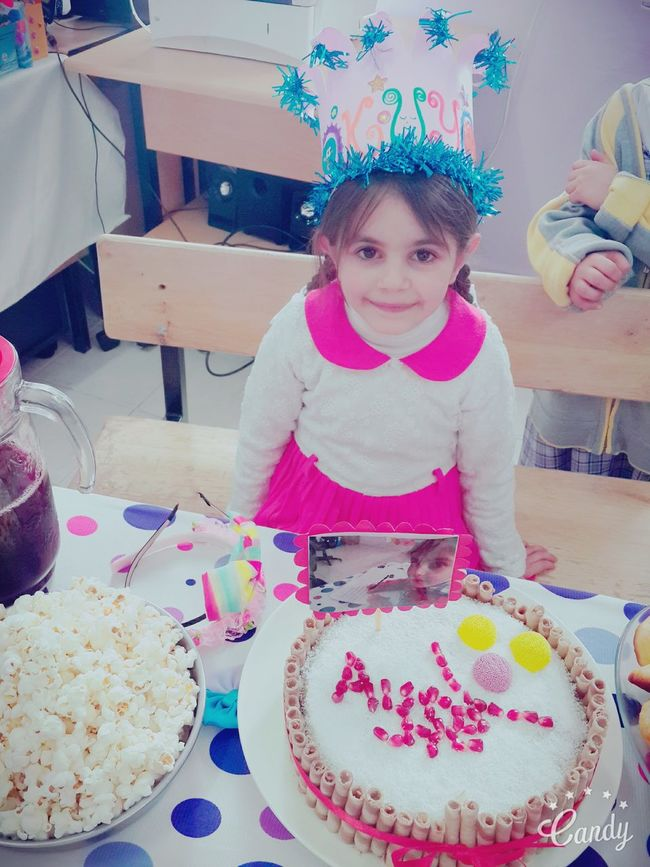 Good Morning Hello World ✌ My Little Princess Reading Day Suprise♡ Friends ❤ Gifts ❤ Beautiful Nice Smile Smart Girl Guzellik Okumayı Ogrendii 💛❤