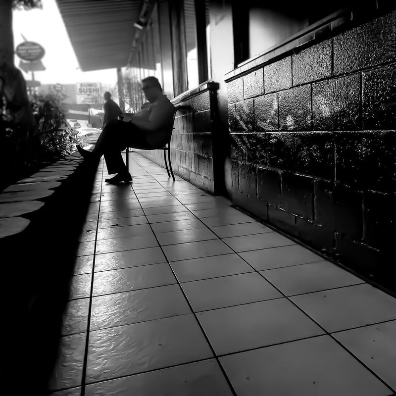 Saturday afternoon..... LGarciaPhotography Tmobile Olloclip Iphonephotography IPhone Shot On IPhone IPhoneography Iphone 6 Plus Iphoneonly Full Length Motion Lifestyles Day Mid-air Casual Clothing Young Adult Monochrome Urban Geometry Cityscapes Lines Shadow Streetphotography