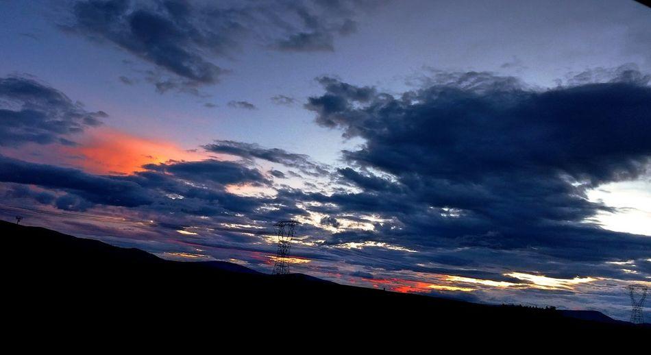 Now This Is Colorful Sky And Clouds Enjoying Life EyeMe Best Shot - Landscape Amazing_captures Enjoying Life Eyemcaptured Love Country Love To Take Photos ❤ Eyemphotography Outside Photography Eyem Gallery Something Beautiful Taking Photos