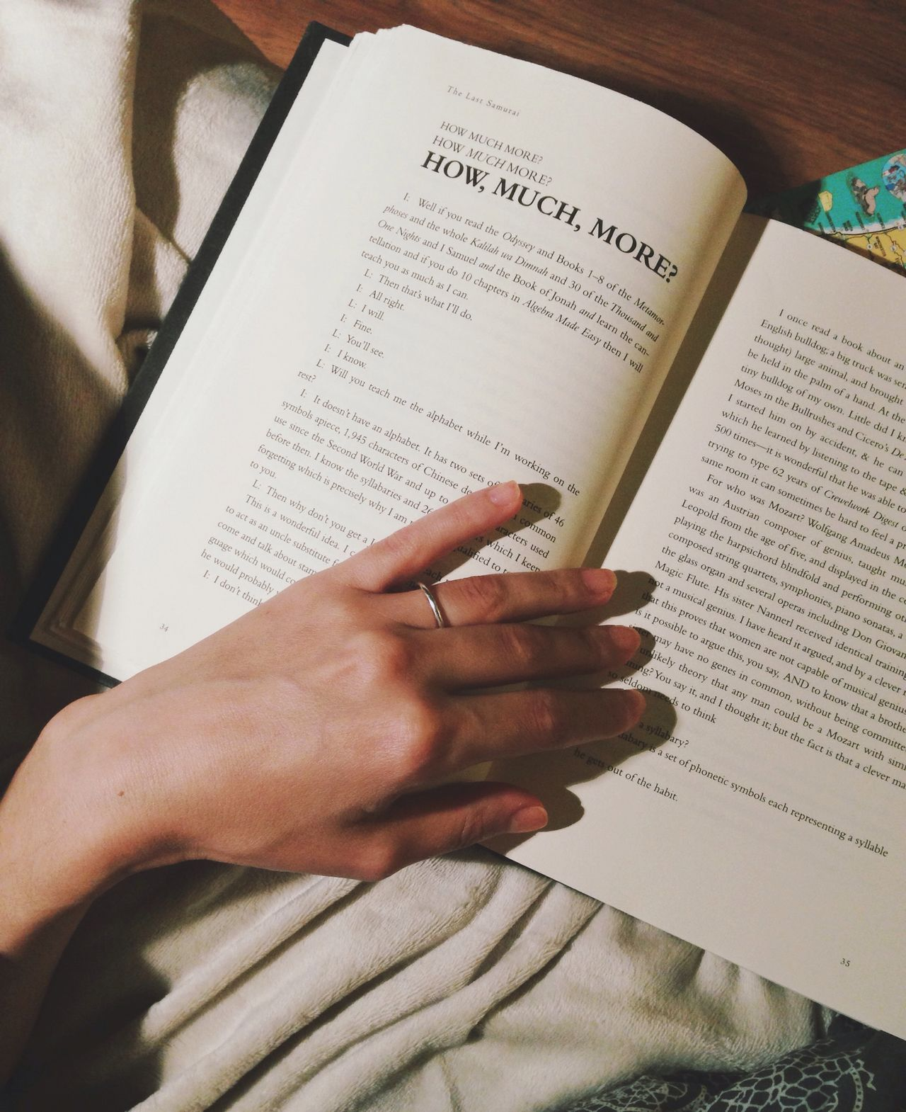 Reading Human Hand Book Lifestyles Text Page Close-up Always Be Cozy