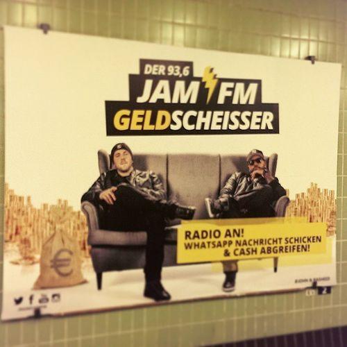 @rasheed_jamfm läuft bei uns!:) Fame Jamfm Geldscheisser Radio Berlin Musik music Rap hiphop rapmusik dopeasfuck