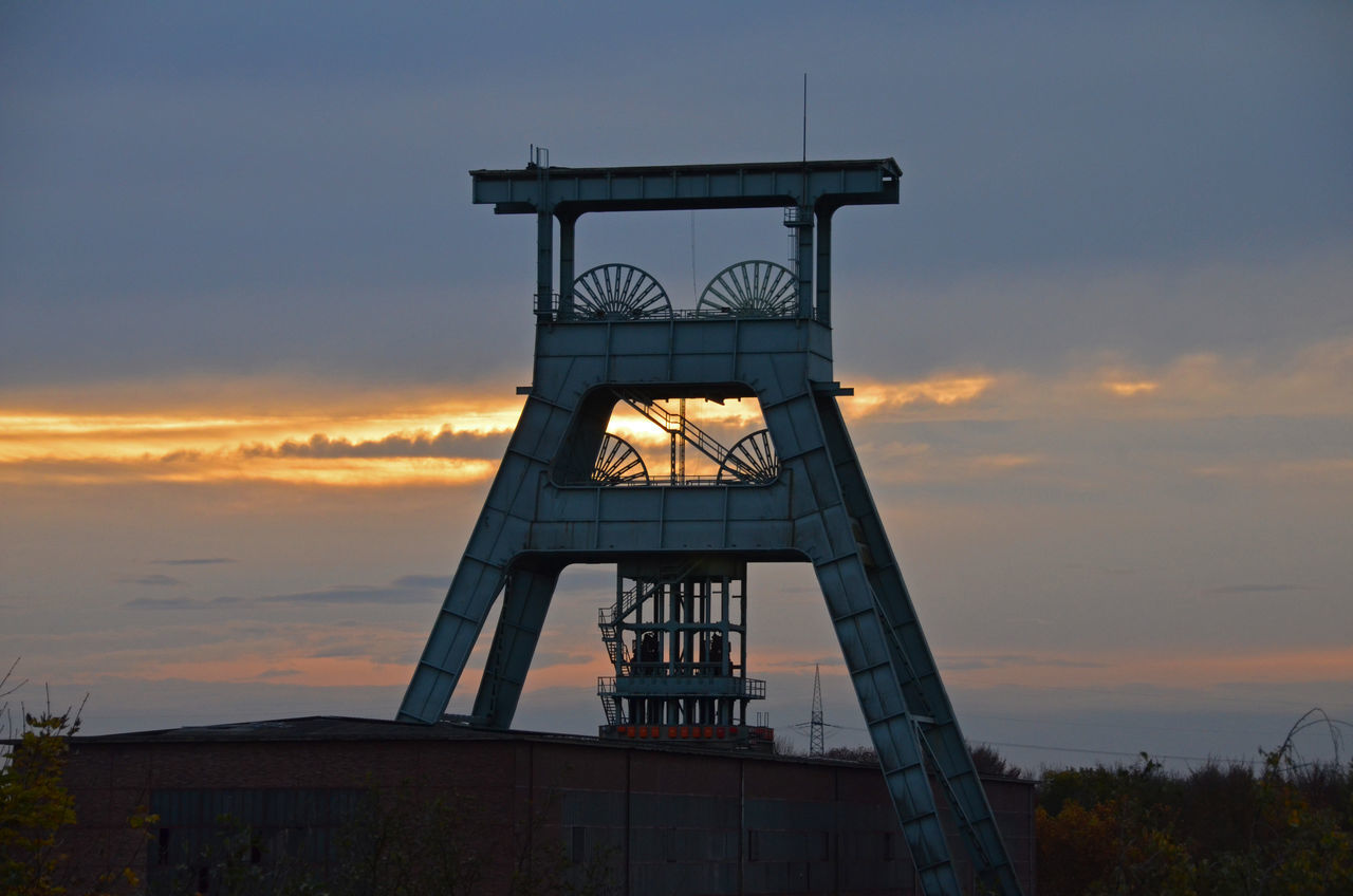 Architecture Building Cloud Cloud - Sky Industrie Industriekultur Mining Industry No People Ruhrgebiet Ruhrpott Sky Sunset Tranquility Tower Ruhrtourismus Athmosphere