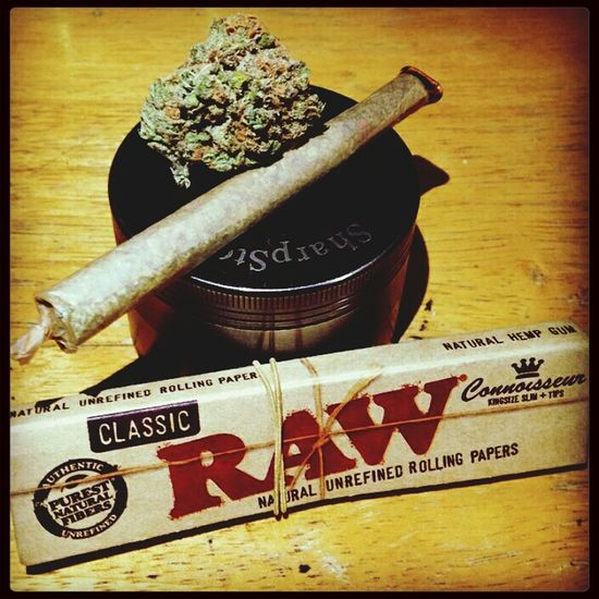 Raw Papers Bud Blunt Higher
