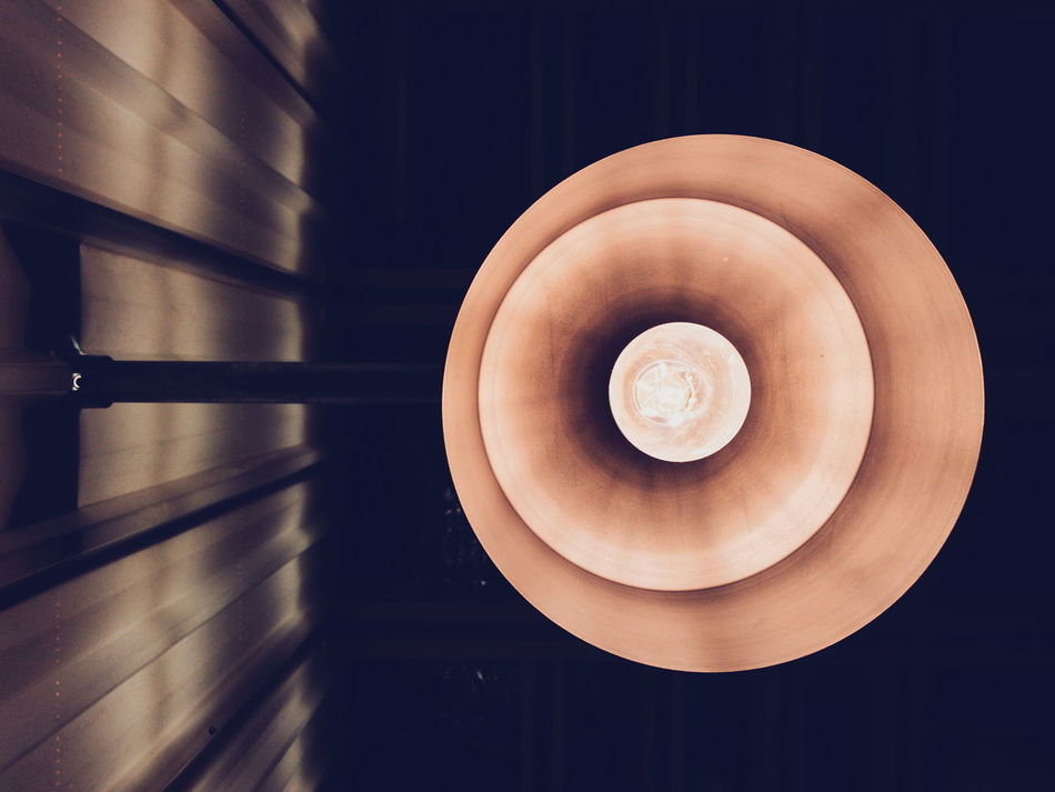 Lamp Light Light And Shadow Wall Indoors  Night Photography Architecture Learn & Shoot: Balancing Elements