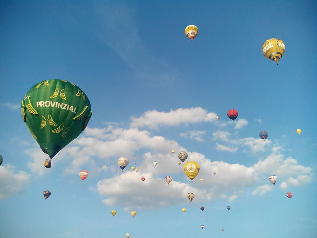 Cloud - Sky Flying Sky No People Hot Air Balloon Outdoors Blue Sky Warsteiner Montgolfiade 2016 Montgolfiade Ballooning Festival Backgrounds Mid-air Germany Scenics Day