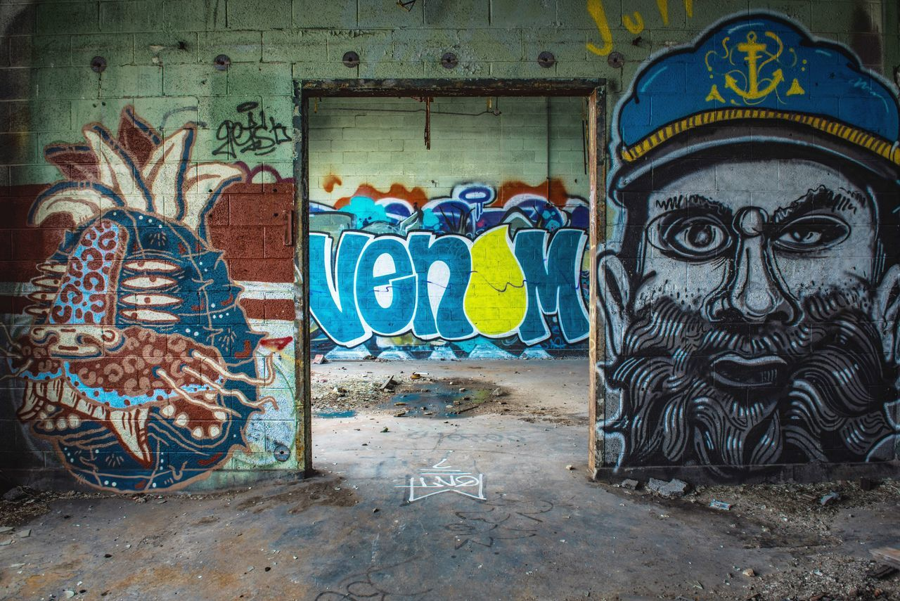 VENOM Graffiti Wall - Building Feature Art And Craft Street Art Multi Colored Creativity No People Built Structure Abandoned Day Outdoors Spray Paint Architecture Room Indoors  Interior Creativity
