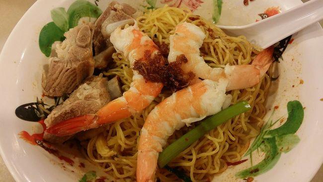 Prawn Noodles Pork Ribs Prawns Foodphotography Singapore origins : Xiamen Fujian Province China Hokkien Food