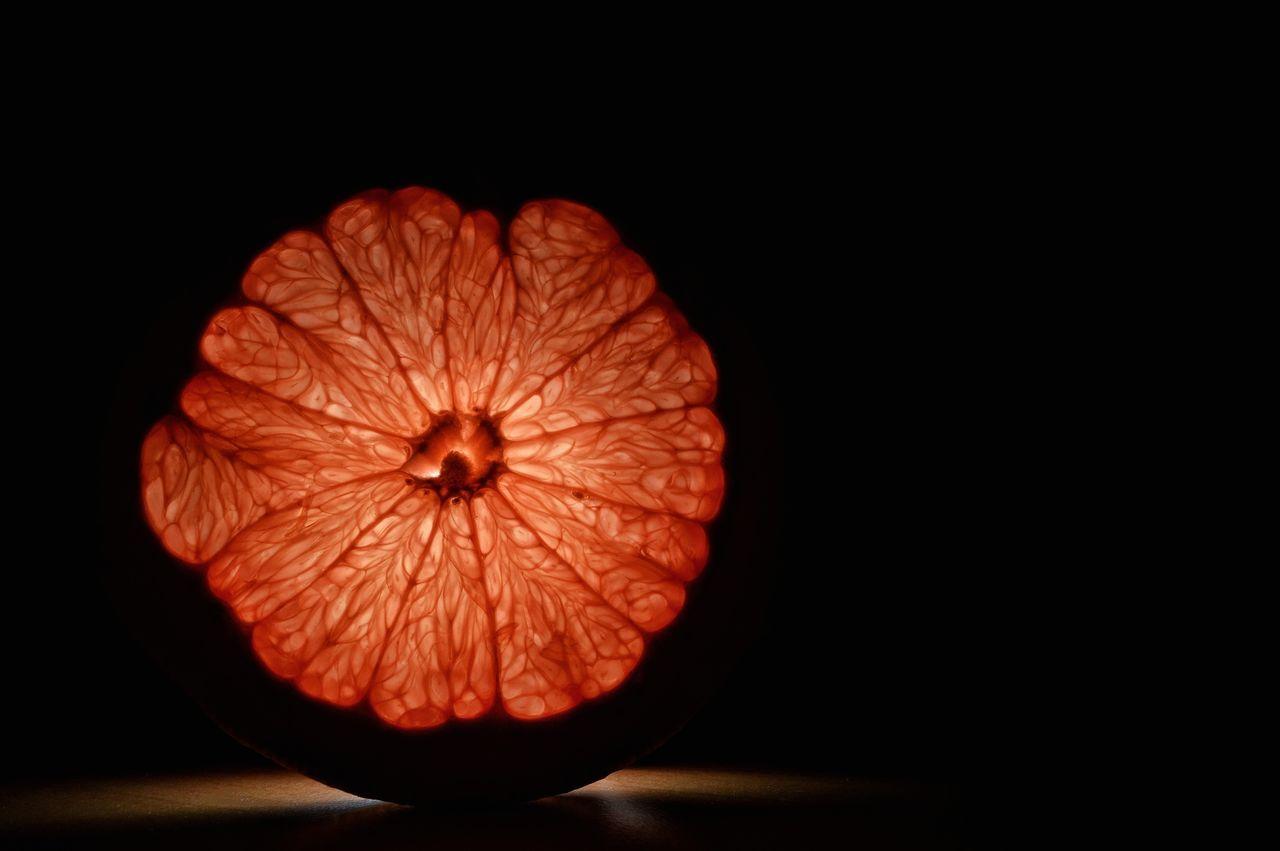 Fruit Dark Studio Shot Black Background Red Food No People Concentric Freshness Cross Section Close-up Grapefruit