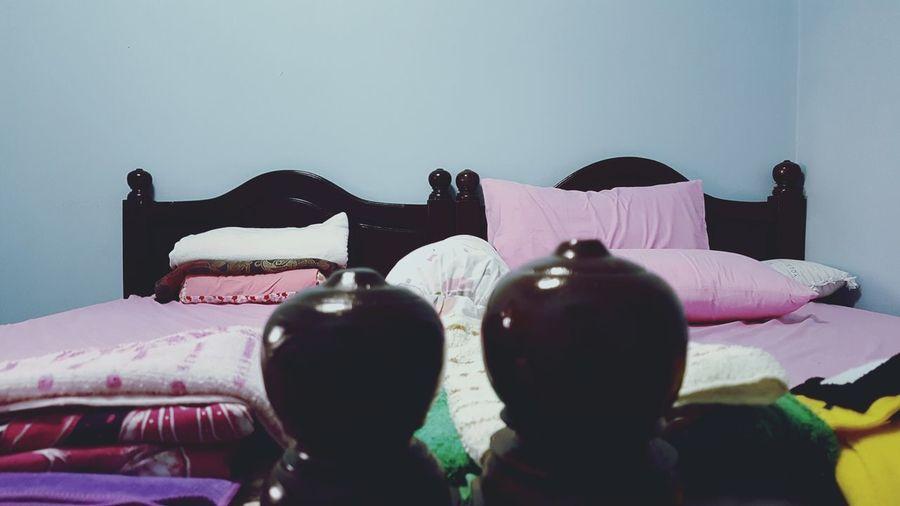 Twin bed Beds Twinbed Indoors  Bedroom