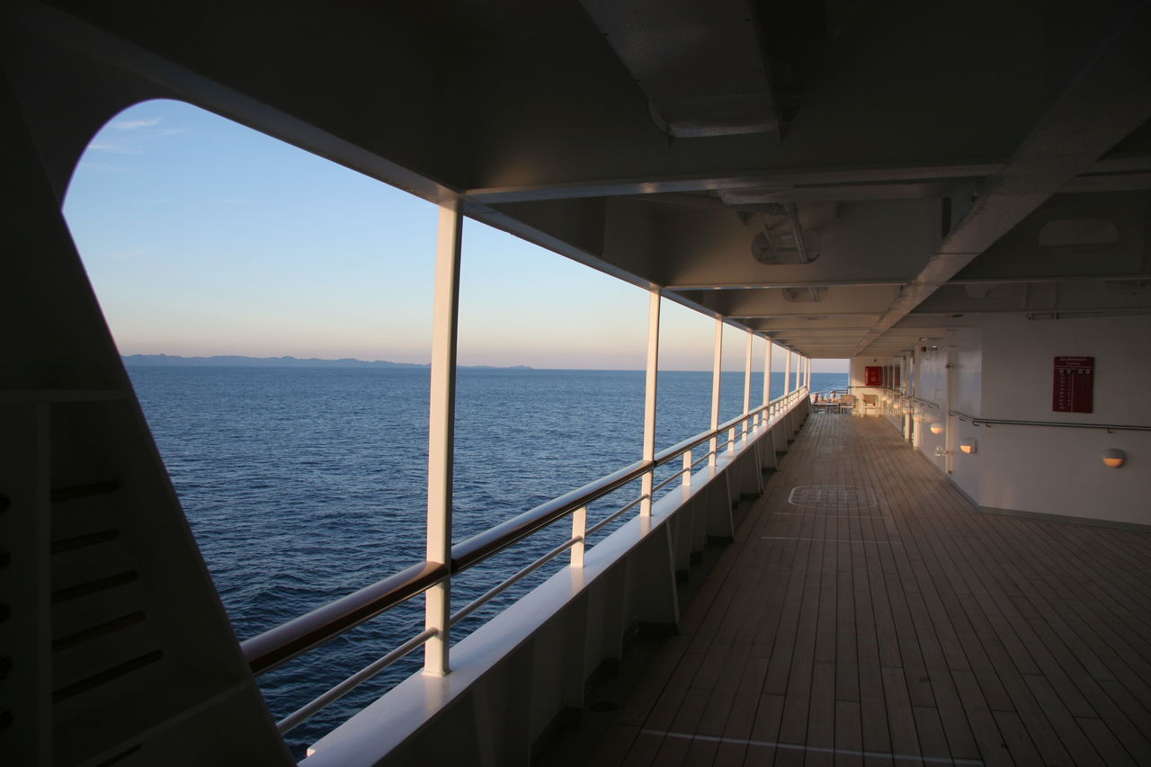 Cruise Ship Day Gally Horizon Over Water No People Ocean Open Sea Outdoors Scenics Sea Sky Tranquil Scene Tranquility Traveling Home For The Holidays