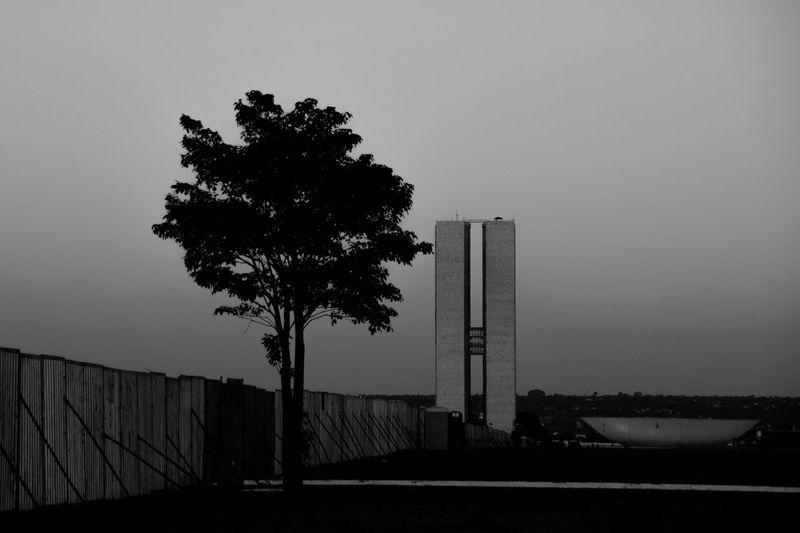 Esplanada Dividida Muro Na Esplanada Esplanada Dos Ministérios Brasília Impeachment Brasil