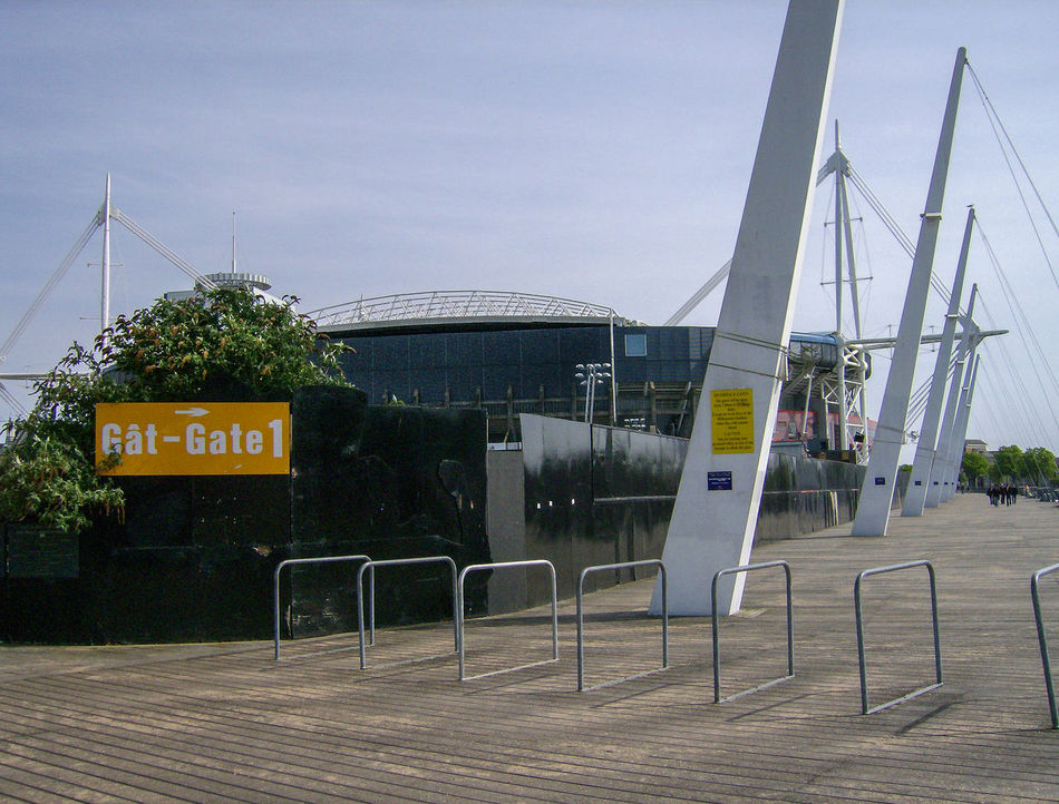 Architecture Caerdydd Cardiff Day Galles Gran Bretagna Great Britain Großbritannien No People Outdoors Sky Stadio Stadium Tree Wales