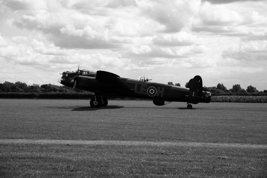 Black & White World War 2 Air Vehicle Airplane Avro Anson Black And White Blackandwhite Cloud - Sky Day Lancaster Bomber No People Outdoors Sky Transportation