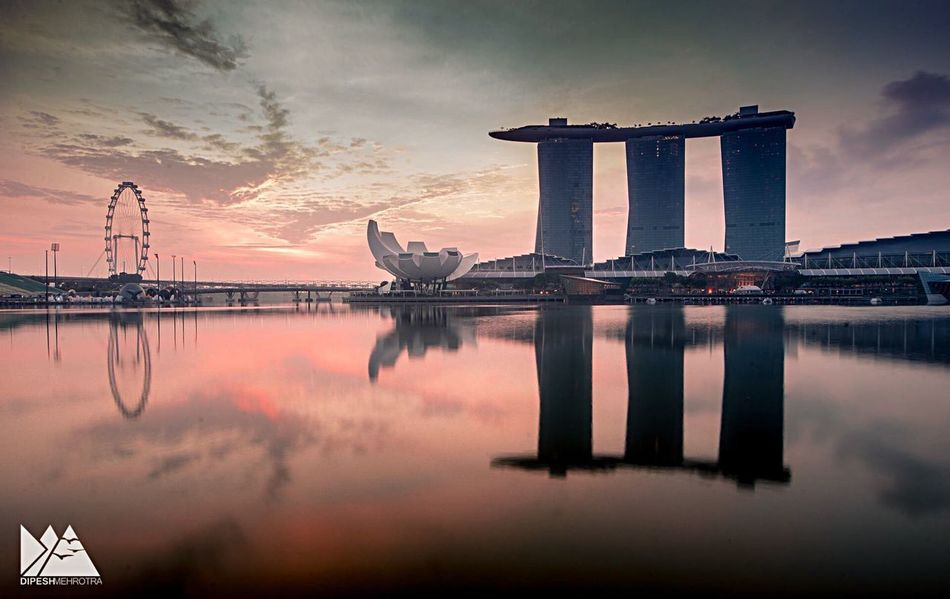 Morning Singapore Sunset Reflection Sky Water Cloud - Sky Built Structure Architecture Travel Destinations Silhouette No People Beauty In Nature Outdoors Nature Sea Building Exterior City Day SONY A7ii Sonyalpha EyeEmNewHere EyeEm Urban Skyline Ferris Wheel Skyscraper Cityscape