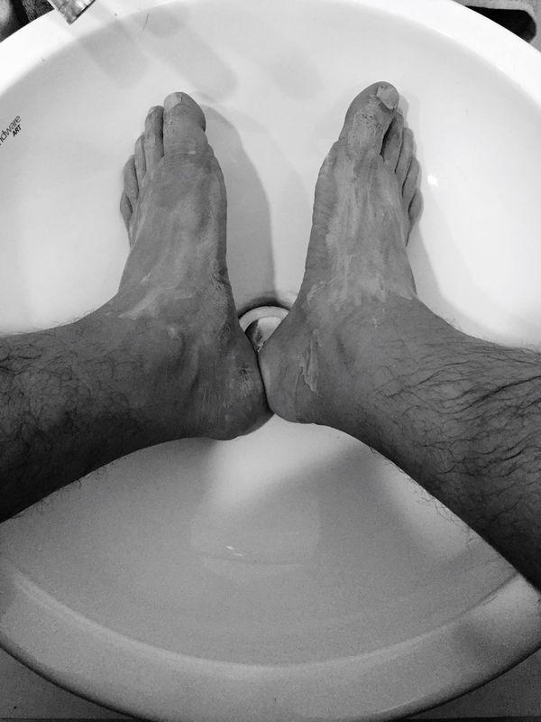 Myfoot Leg Foot Feet Pedicure Tired Feet Feet In Sink Clensing Fingers Legs Legselfie Wash Clean