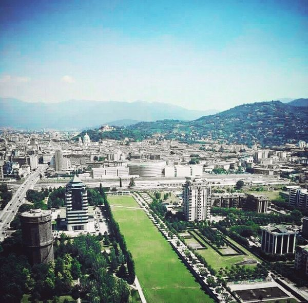 Italy Brescia Quality Time RENCH📷 EyeEm Nature Lover Nature Photography Essence Of Summer Green Green Green!  Grass Meadow Have A Nice Day♥ Good Morning First Eyeem Photo Edit EyeEm Best Shots EyeEm (null)Darkness And Light Working (null)Dark (null)Green (null)Good Times