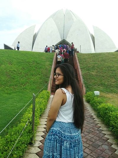 Lotus temple Summer Sky India Architecture Newdelhi Lotus Temple Bahai Temple Bahaitempleofworship Be. Ready.