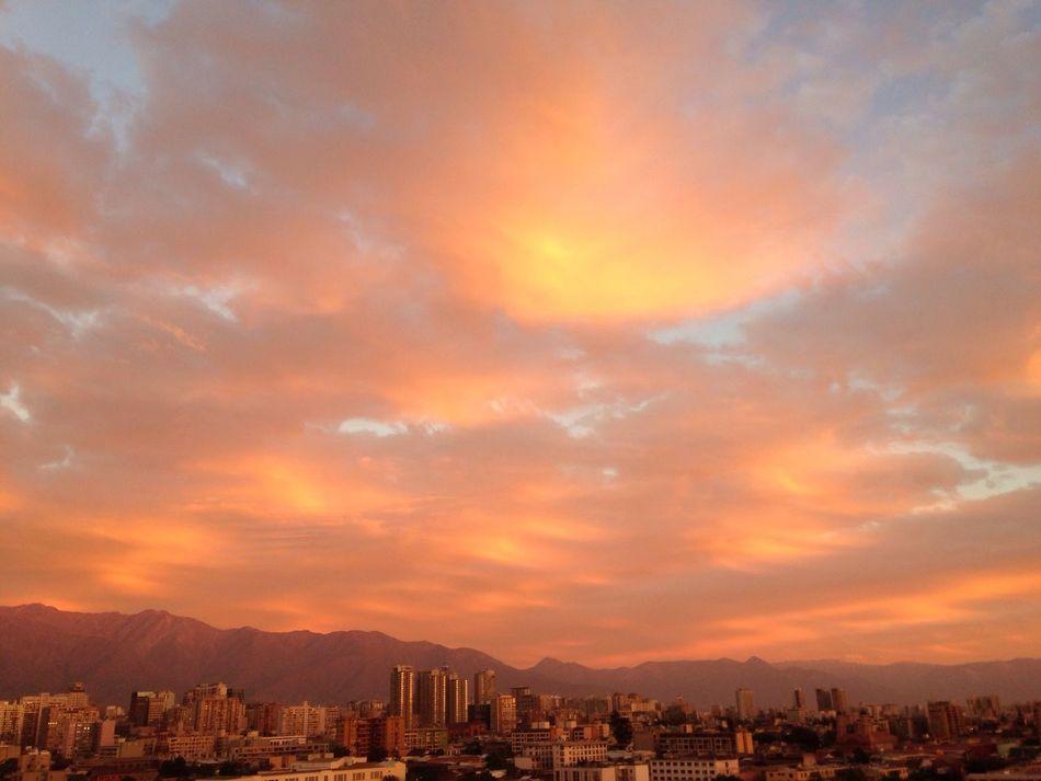 Mágico atardecer en el valle del Mapoche. Santiago de Chile ❤️ City Orange Color Cloud - Sky Sunset Day Nature First Eyeem Photo Santiago De Chile Sin Filtros EyeEmNewHere