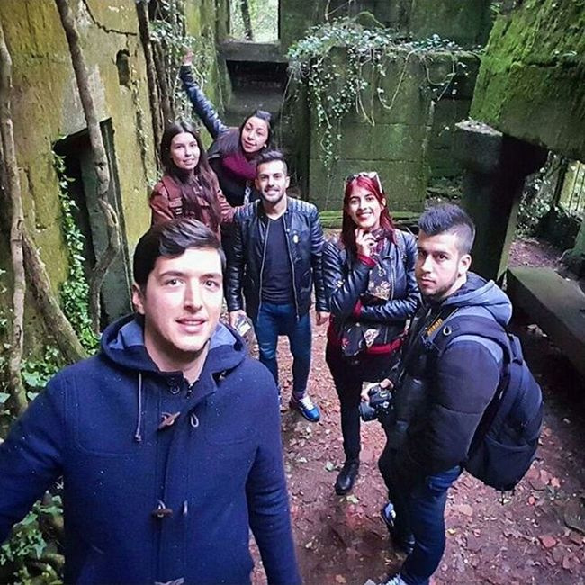 Great moments!! 🗿👌 Ruins Adventure Crew Friends Exploring Places Leftplaces Forest Group Woods Earthplaces