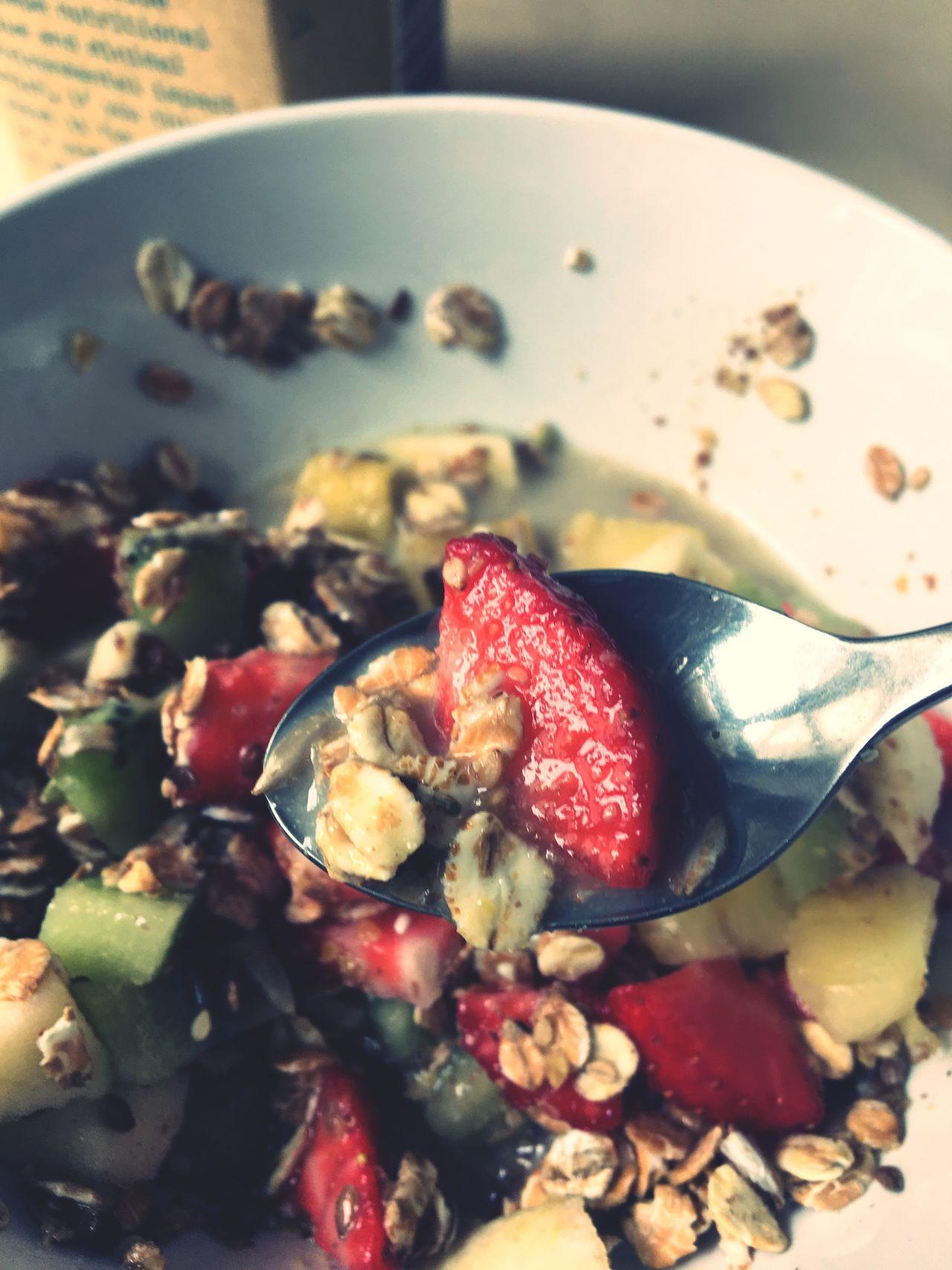 Healthy Eating Breakfast Müsli Strawberry Strawberries Good Morning Freshness Colazione Früstück Fragole Cereali