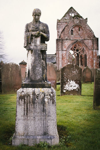 Angel Architecture Cross Derelict Deterioration Grave Graveyard No People Ruins Scotland Sweethearts Abbey