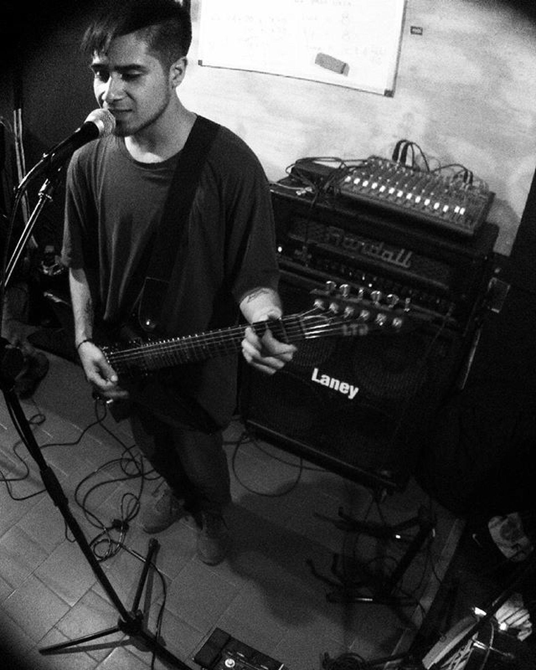 Extrañabamos tocar!! De nuestro ultimo ensayo. @noisband Nois Band Elquisco Algarrobo Elcanelo Sala Ensayo Rehearsal LTD ESP Ex50 Laney Randall KORG Guitar Instachile