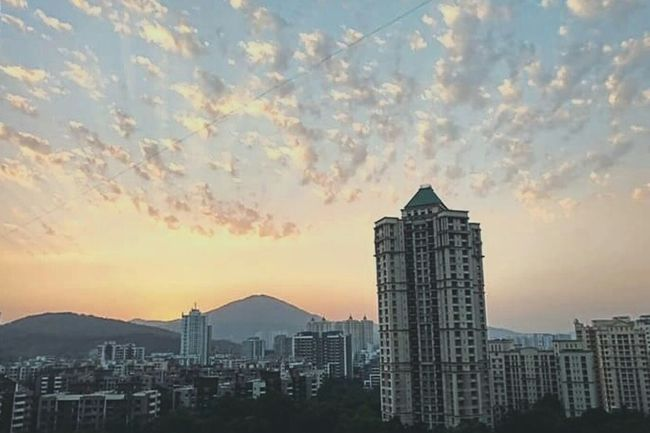 Showcase March Hiranandani Sunnyside Cloudporn Thaneigers Sunset Eveningslikethese Clouds Home Greenary Cloudscape Architecture