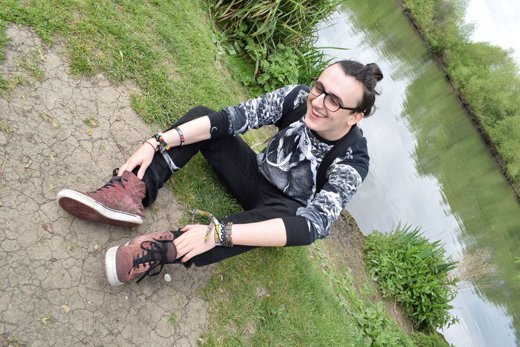 Emo Glasses Green Green Color Happiness Happy Happy :) Happy People Killstar Natural Nikon Nikon D3300 Nikonphotographer Nikonphotography Out Of The Box Red River River View Riverbank Shoe Shoes Shoes ♥ Snake Snakes Topknot First Eyeem Photo