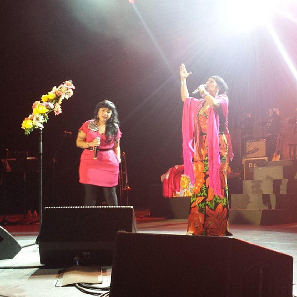 @carlitamorrison & @liladowns Palomanegra at Thegreektheater