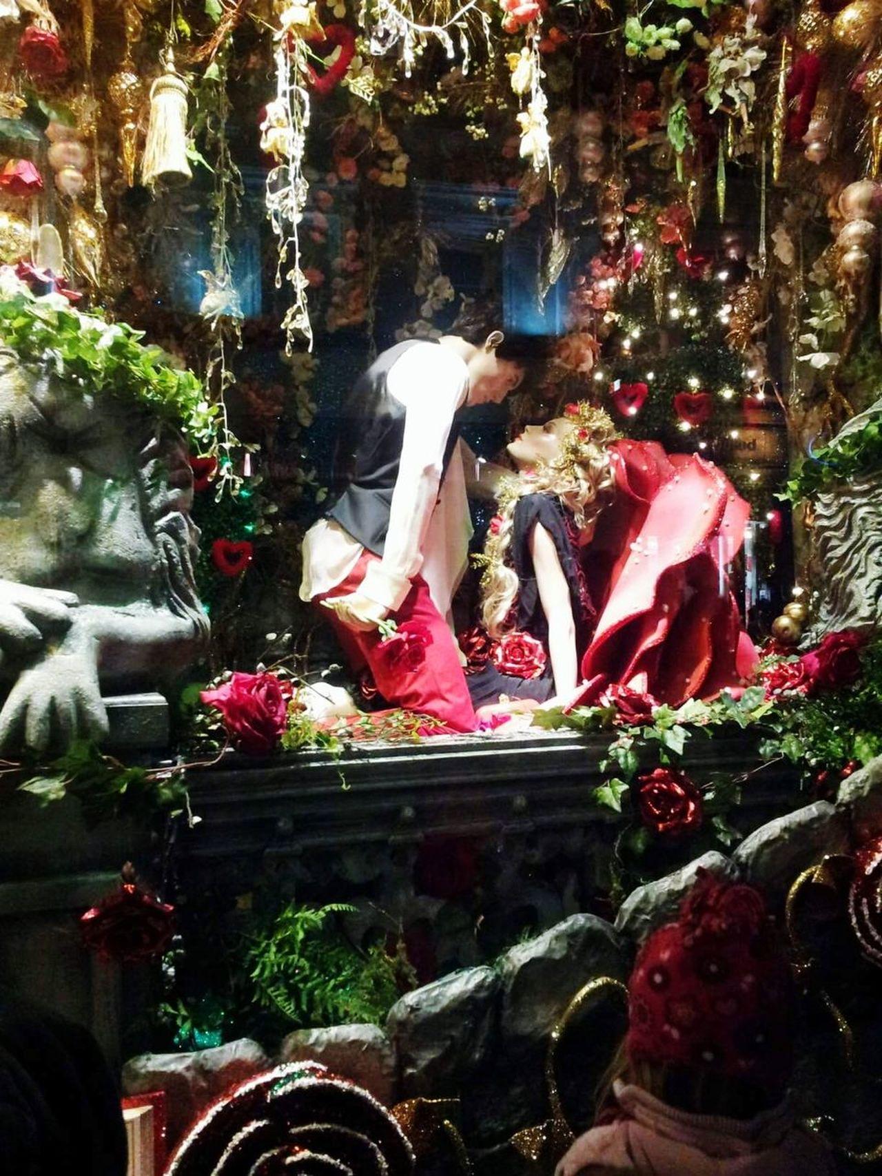 Christmas Decoration Holiday - Event, window display.