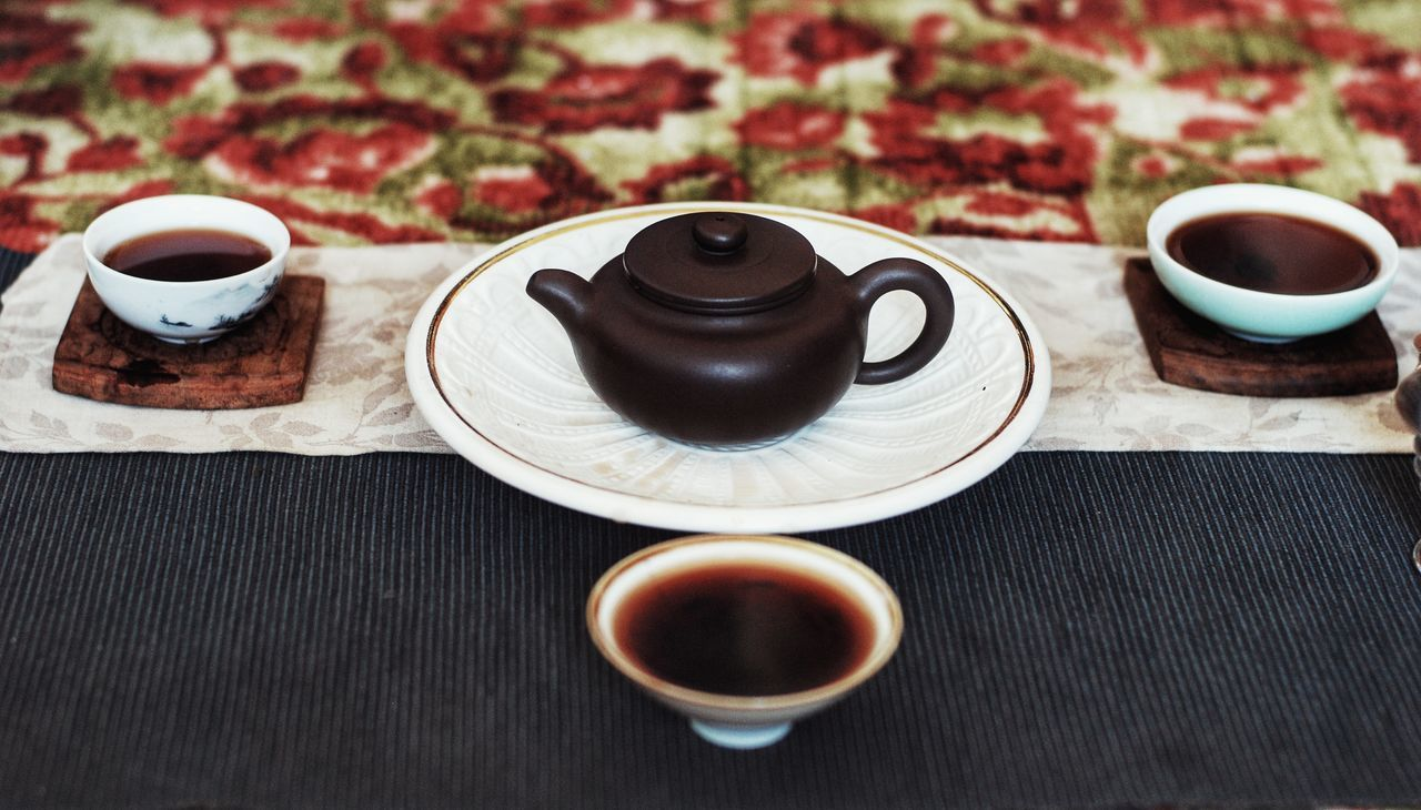 Tea - Hot Drink Tea Cup Teapot Drink Refreshment Cup Table No People Indoors  Afternoon Tea Close-up Compatibility Serving Tray Japanese Tea Cup Day Чай чайнаяцеремония Tea Time Tea EyeEmNewHere