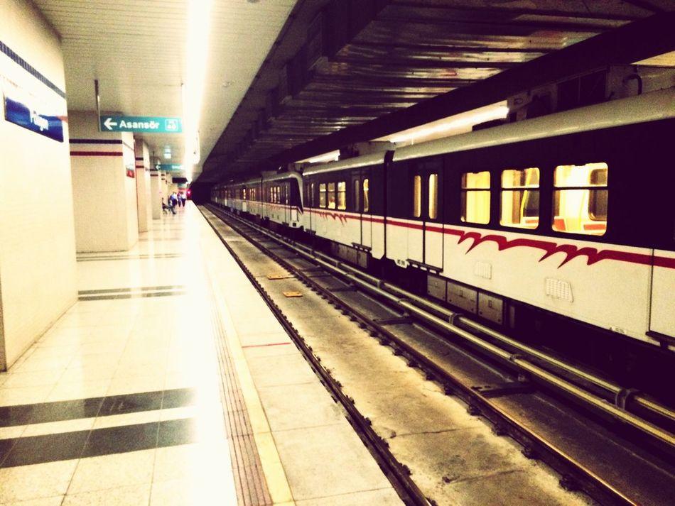 İzmir Poligon Metro