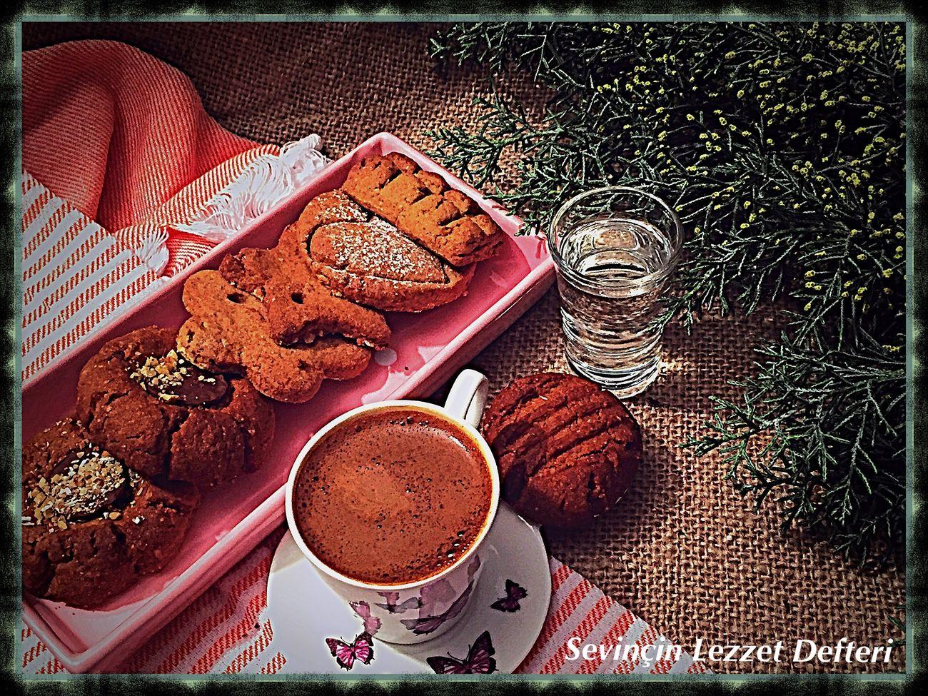 Damlasakızlı Türk Kahvesi ile kurabiyeler 🍪 harika oluyor 😋👌🏿😍👍🏿 Food Food And Drink Damlasakızlı Türk Kahvesi Kahve Dessert Drink SevinçinLezzetDefteri JoysTasteBook Lezzet Küpü SevinçYiğitArabacı EyeEm Gallery EyeEm Best Shots Istanbul Turkey Like4like Foodblog Kurabiye Kurabiyecanavarı Yummy Cookies