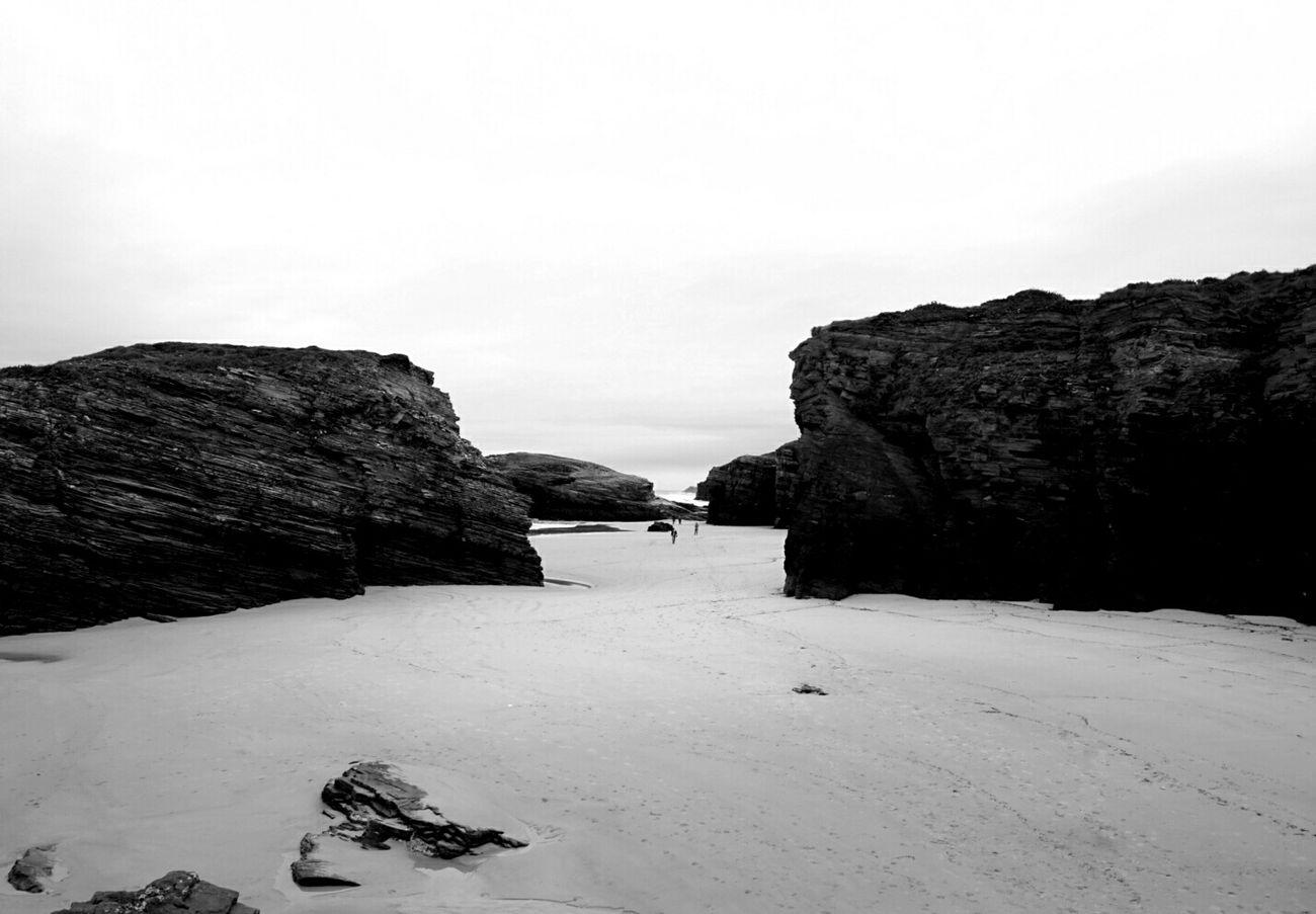 Ribadeo Facing The Ocean Monochrome Shades Of Grey Showcase: December Echándote De Menos / CdB