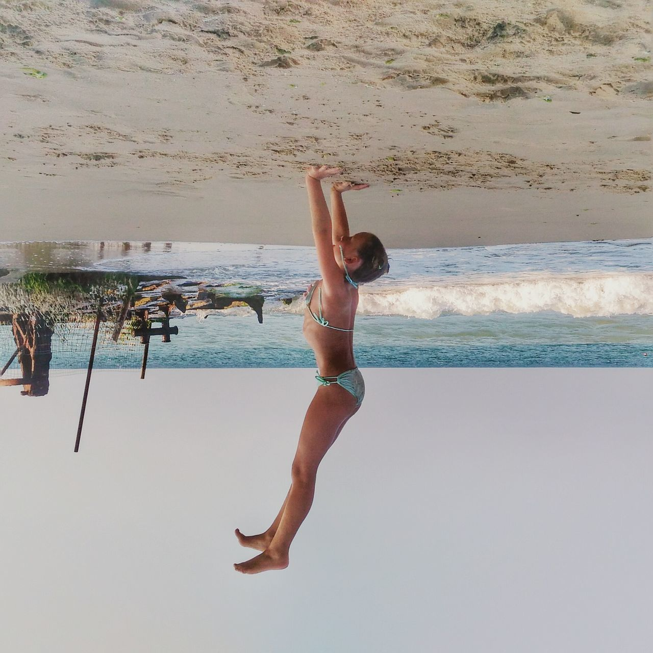 .@AlanHunt Upsidedown Upside Down Sea Sea And Sky Beach Girl Sand Beachlife Beach Photography