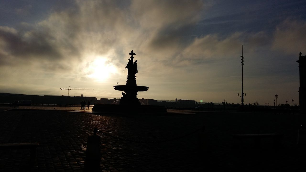 Water Statue Sculpture Sky Cloud - Sky Travel Destinations No People Tranquility Famous Place Tranquil Scene Bordeaux Place De La Bourse Battle Of The Cities My Year My View