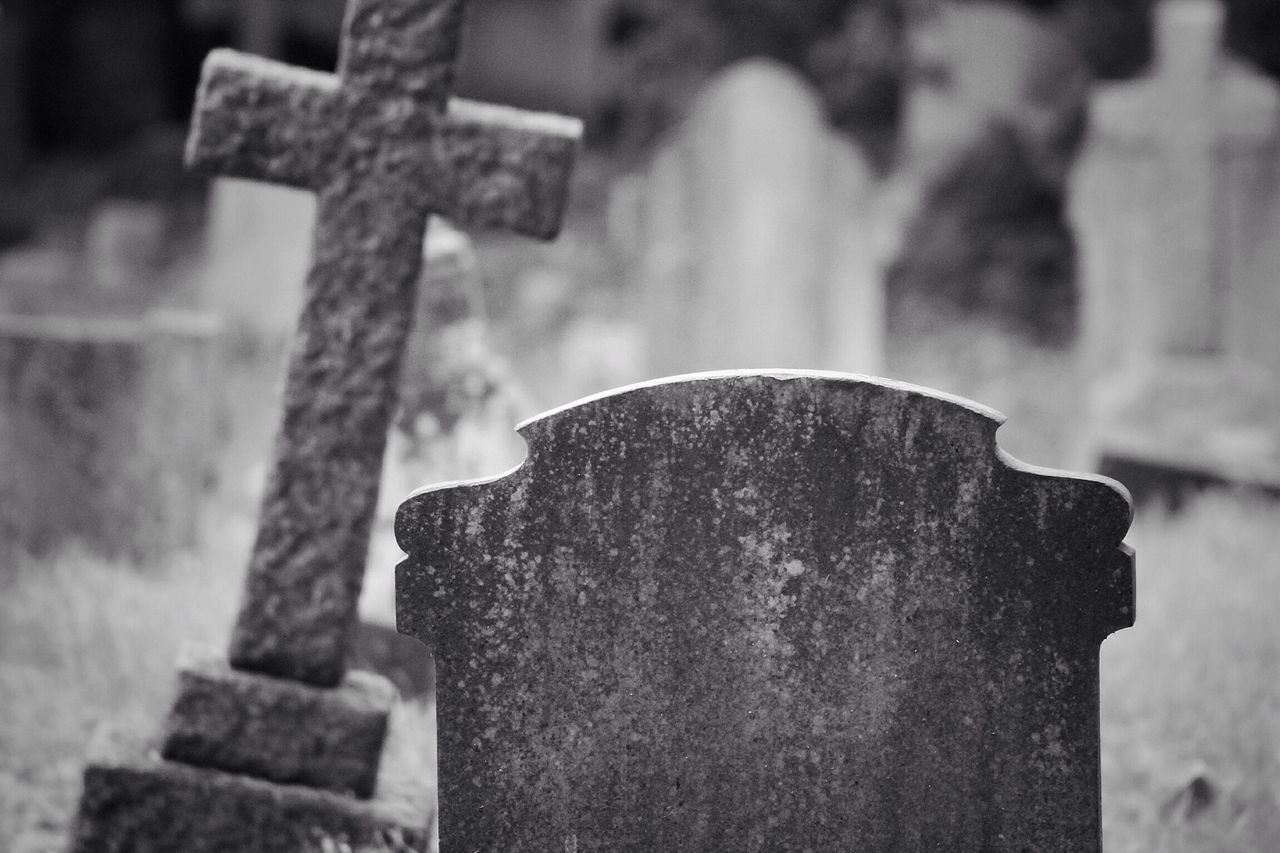 Cemetery Tombstone Cross Focus On Foreground Graveyard Gravestone No People Grave Canon Black & White Creative Photography Graveyard Beauty Churchyard Canonphotography Burial Ground South West London
