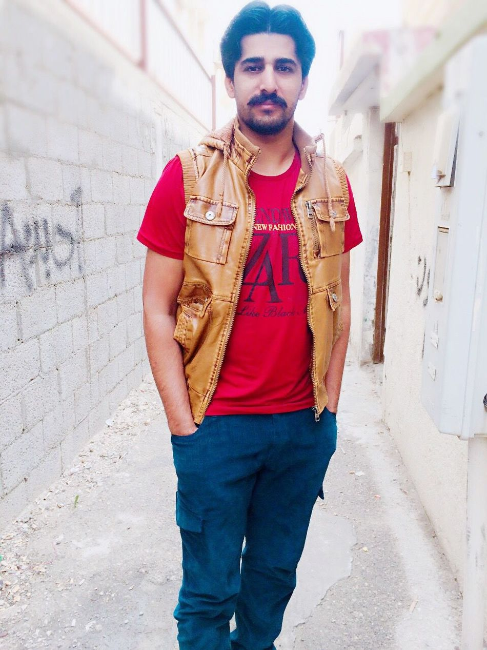 Looking At Camera Young Adult My City Dhaunkal First Eyeem Photo Looking At Camera Selfie ✌ Today's Hot Look Hi! That's Me Handsome Hello World City Life With Friends Beautiful Pakistan Taking Photos
