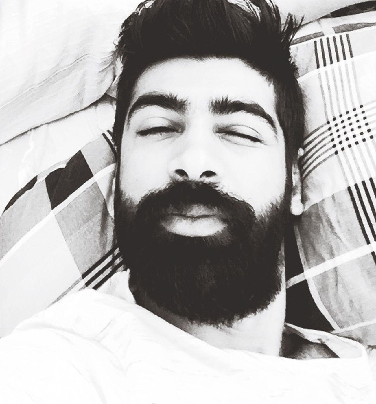 Selfie ✌ Blackandwhite Siyahbeyaz Merhaba Uykusuz Followme First Eyeem Photo Off Hi! Taking Photos