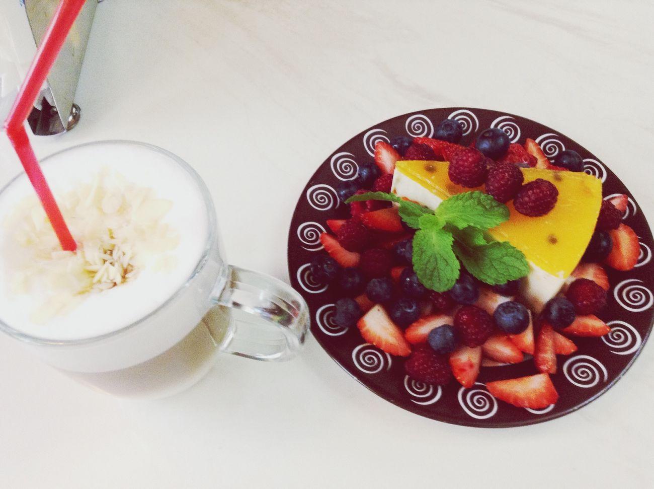 Еда Вкусняшка кофе кофейня пирожное воспоминания  осень2014 пандера